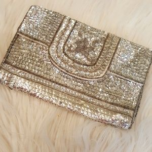 SOLID SILVER SEQUIN SMALL CLUTCH